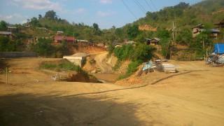 ルアンパパーンの北の道から国境越えは無理っす