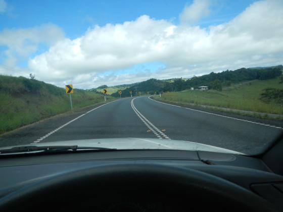 アサートンへ抜ける道